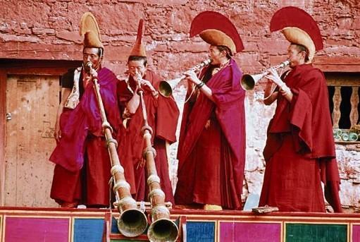 calugari-budisti